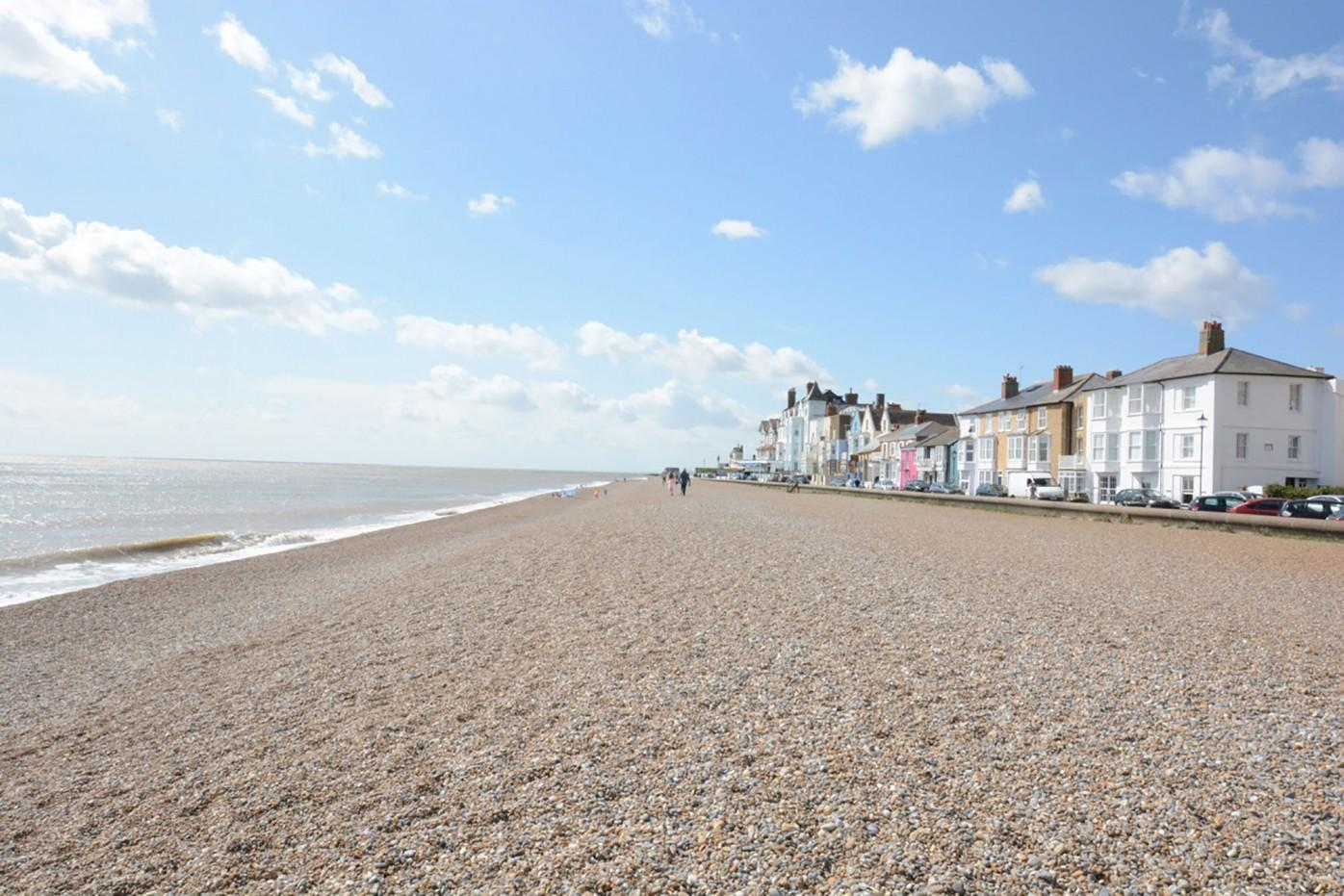 Self Catering Aldeburgh Holiday Cottage For 2 Tiger