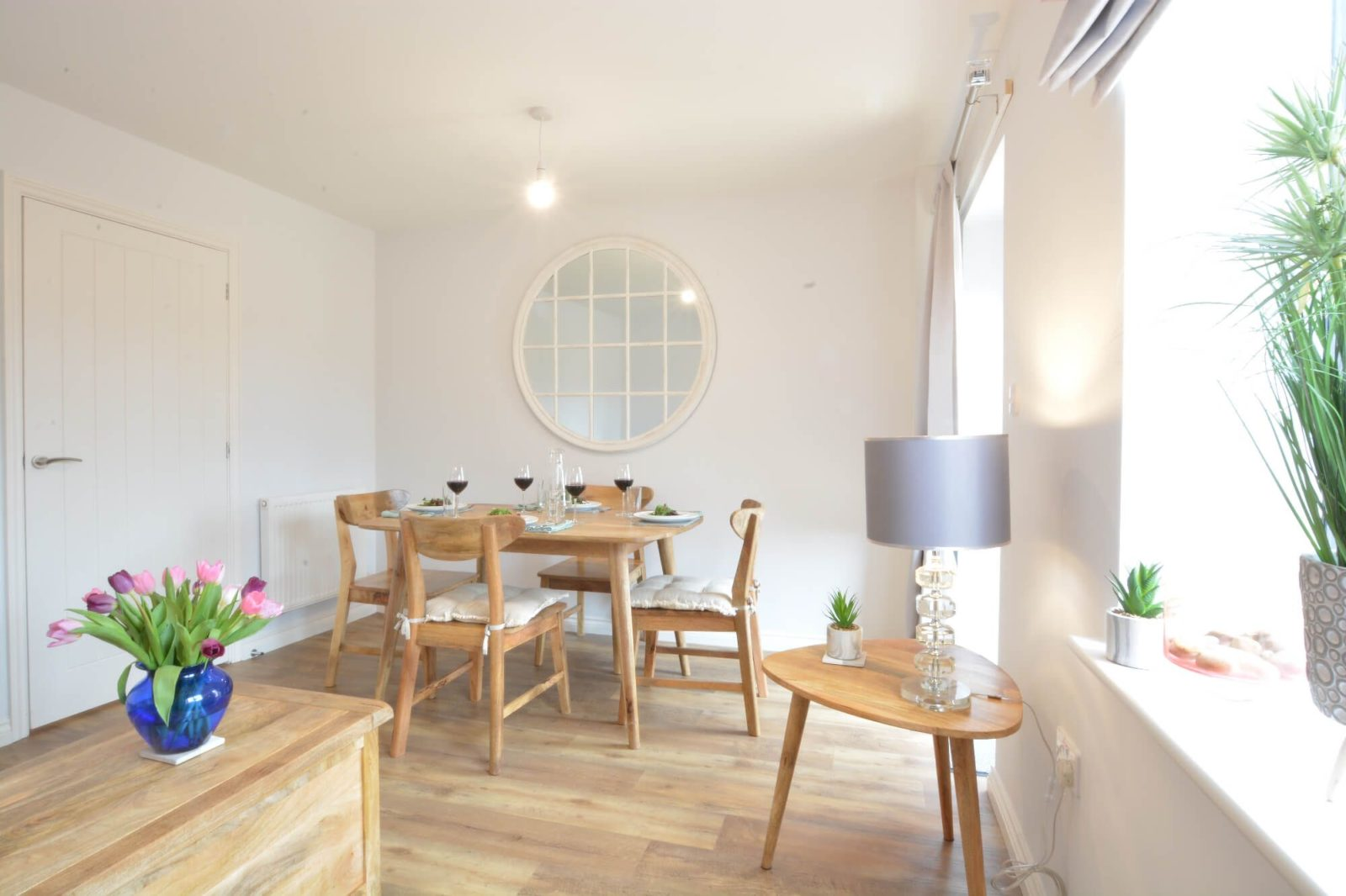 An image of lapwings white dining room