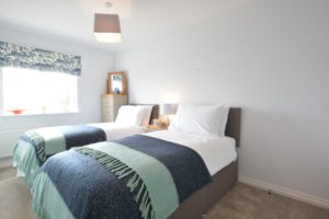 lapwings twin bedroom