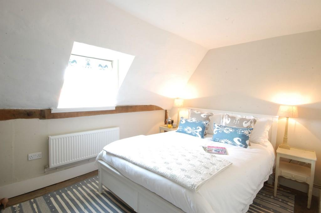 9-Double-bed