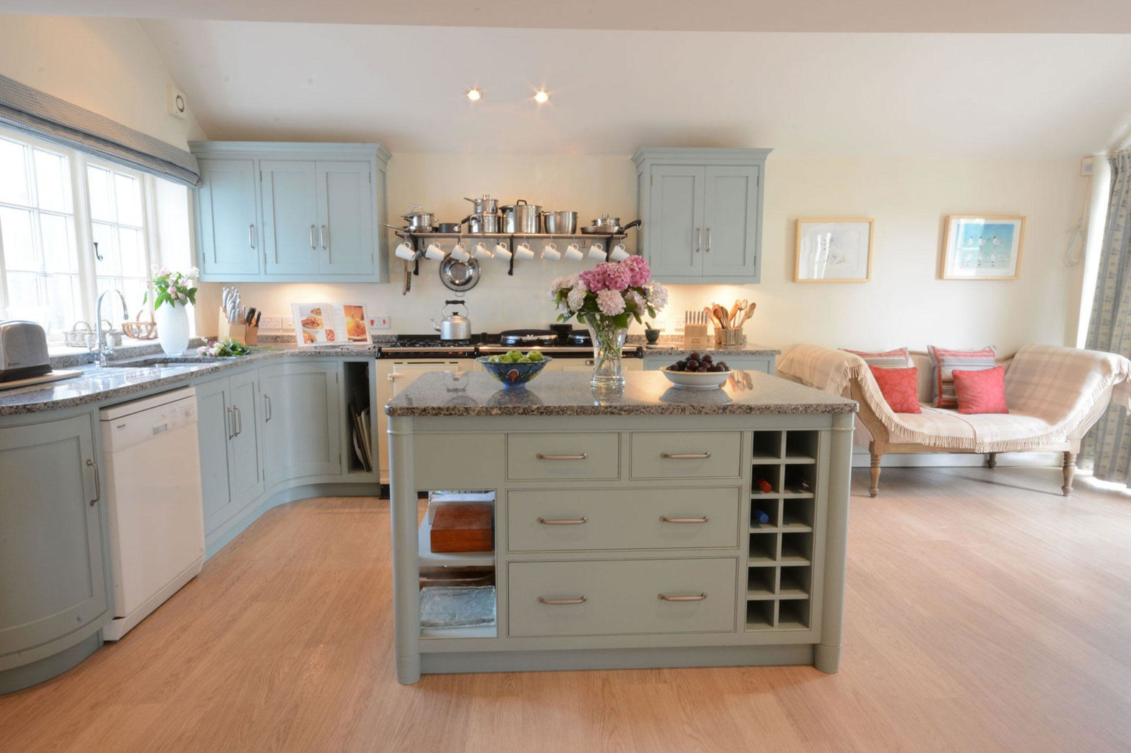 Thorpeness luxury? It must be 2 The Bays    | Best of Suffolk
