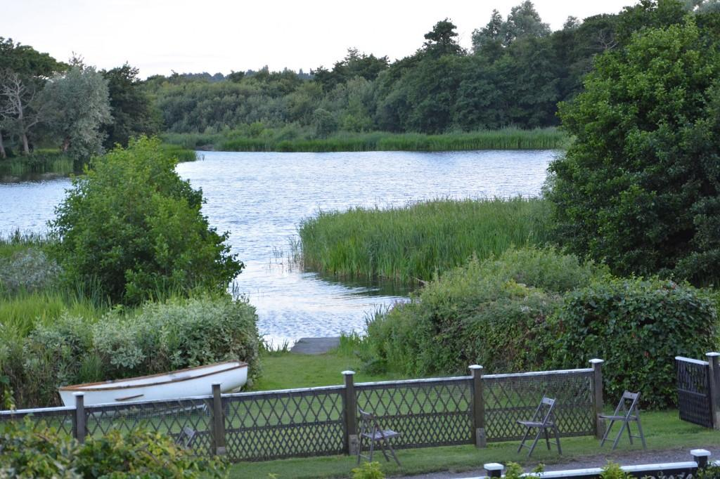 Meare-view
