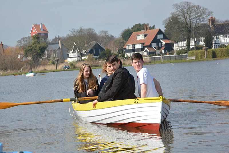 Messing-about-on-the-Meare