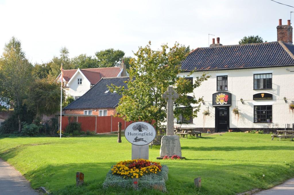 Pub-and-cottage